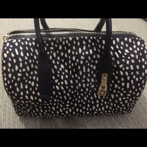 Purse in excellent condition